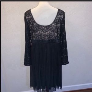 Maggy London Dresses - NWT Maggy London Woman Black Lace Dress Size 14W